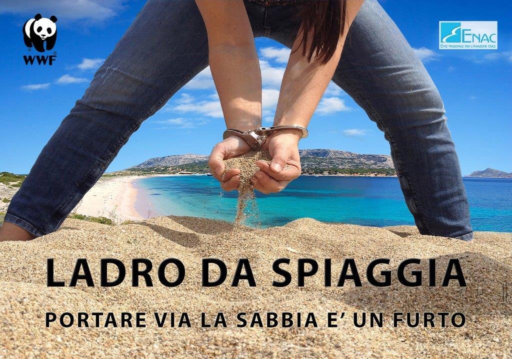 """Sardegna, la campagna del WWF contro i """"ladri di sabbia"""""""