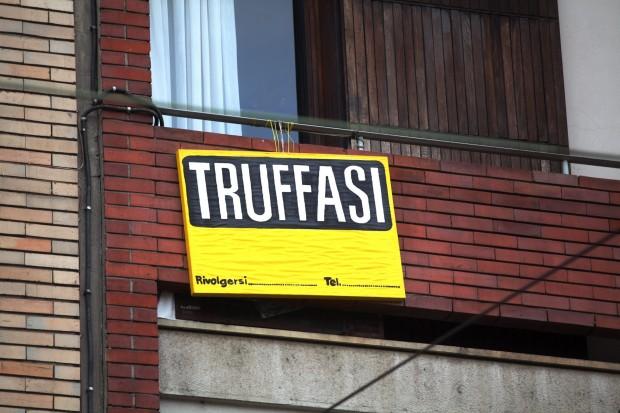 (Italiano) Case vacanza in Sardegna, attenzione alle truffe!